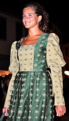 vestito damascato settecento colore verde scuro e chiaro con manica lunga
