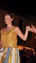 vestito damascato stile settecento top oro e rigato