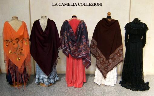 scialli-mantiglie-mantelle - la camelia collezioni