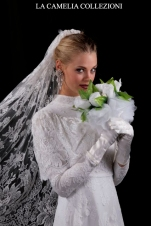 veli da sposa-veli pizzo francese colore bianco -la camelia collezioni