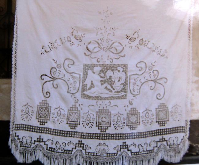 Tende Di Tulle Ricamato : Tessuto bianco floreale del pizzo di tulle del ricamo per l