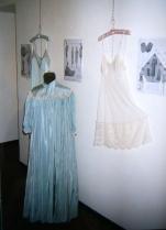 intimo antico e d'epoca - collezione - camicia da camera azzurra e corte colori azzurro e panna