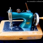 macchina da cucire da gioco- la camelia collezioni