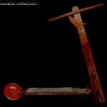monopattino in legno - la camelia collezioni