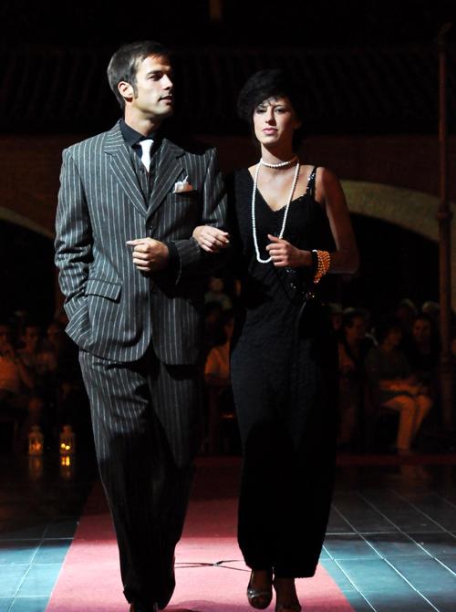 big sale eff4f ca87e noleggio vestiti stile gatsby | La Camelia Collezioni