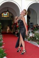 lingerie nera lunga