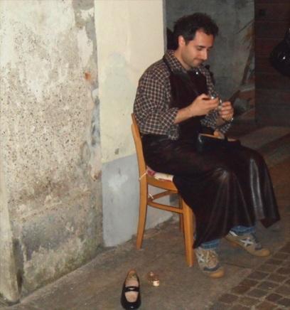 Tappa Piazzetta Griona con il ciabattino