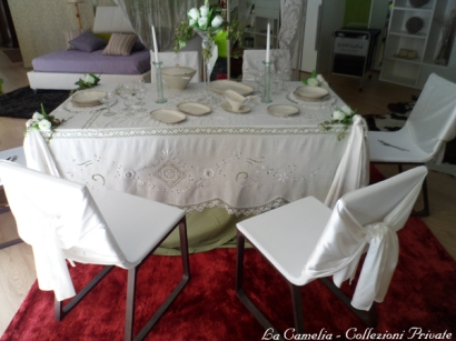 "allestimento tavola imbandita - ""la camelia collezioni"""