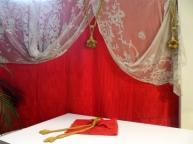 allestimento con tende in tulle -la camelia collezioni