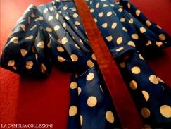 vestiti a pois - vestito in seta blu scuro con pois arancio - la camelia collezioni