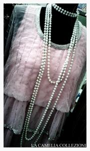 vestito moda anni 20 lungo colore rosa con jaiss - la camelia collezioni
