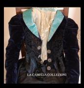 giacchino in velluto con jabot e bottoni gioiello fine 1800 - moda femminile 1800 - la camelia collezioni