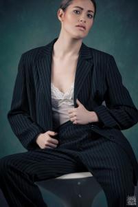 gessato femminile sottoveste bianca 01-moda mascolina stile mascolino- androgina- la camelia collezioni