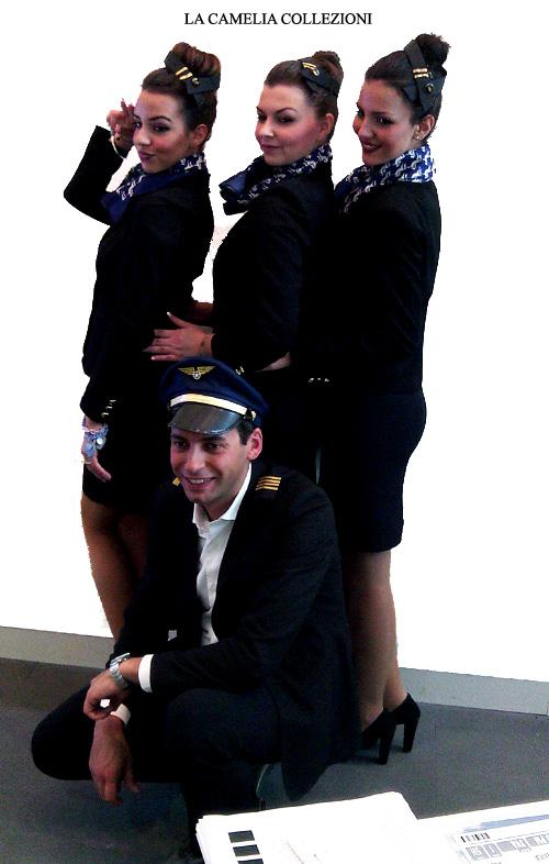 divise da hostess - vestiti da hosetss di volo - divise da hostess di terra - pilota di volo- la camelia collezioni