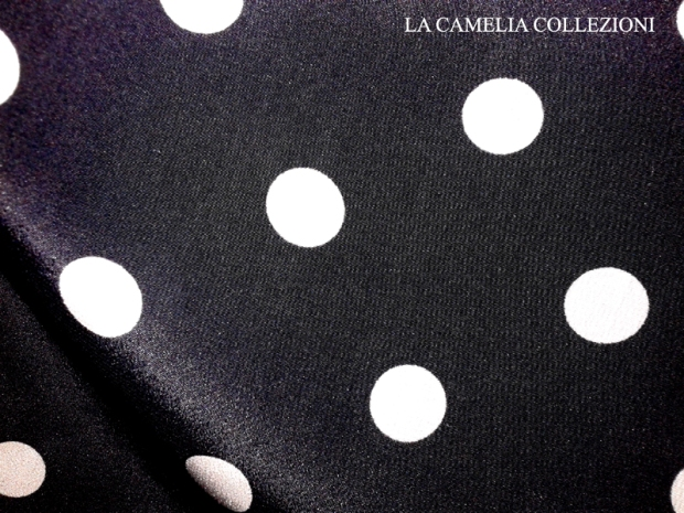 tessuto vintage nero a pois bianchi (ampia metratura) - la camelia collezioni