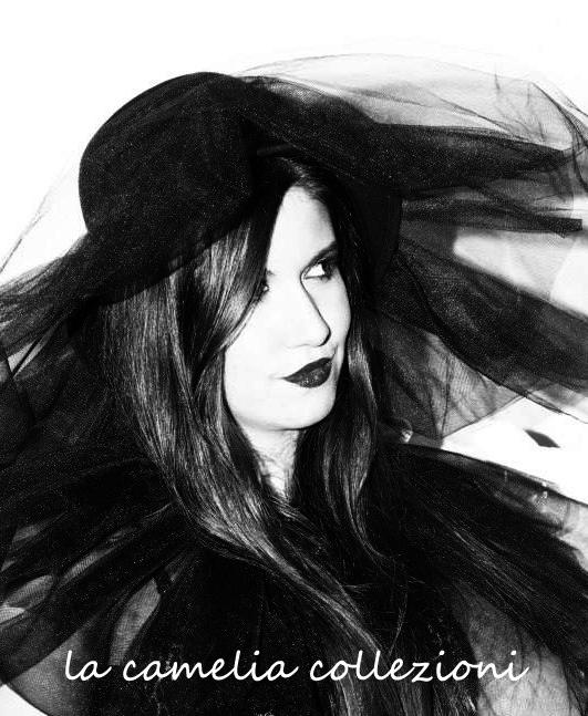 witch-strega-la-camelia-collezioni