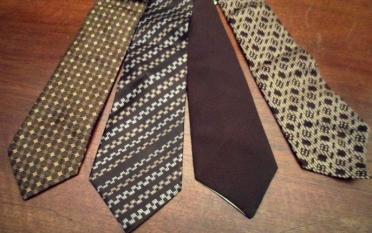cravatte-colore-marrone-fantasia-la-camelia-collezioni