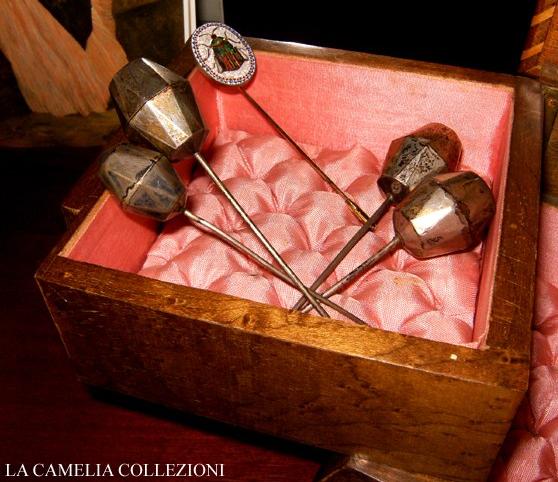 spilloni -collezione - la camelia collezioni