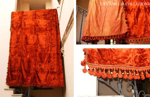 tessuto - velluto rosso genovese - la camelia collezioni