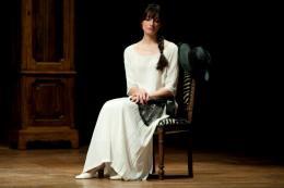 costumi di scena - costumi teatrali - la cantatrice calva e ionesco 2 - la camelia collezioni