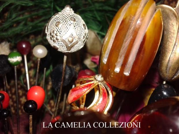 spilloni- collezione - la- camelia- collezioni