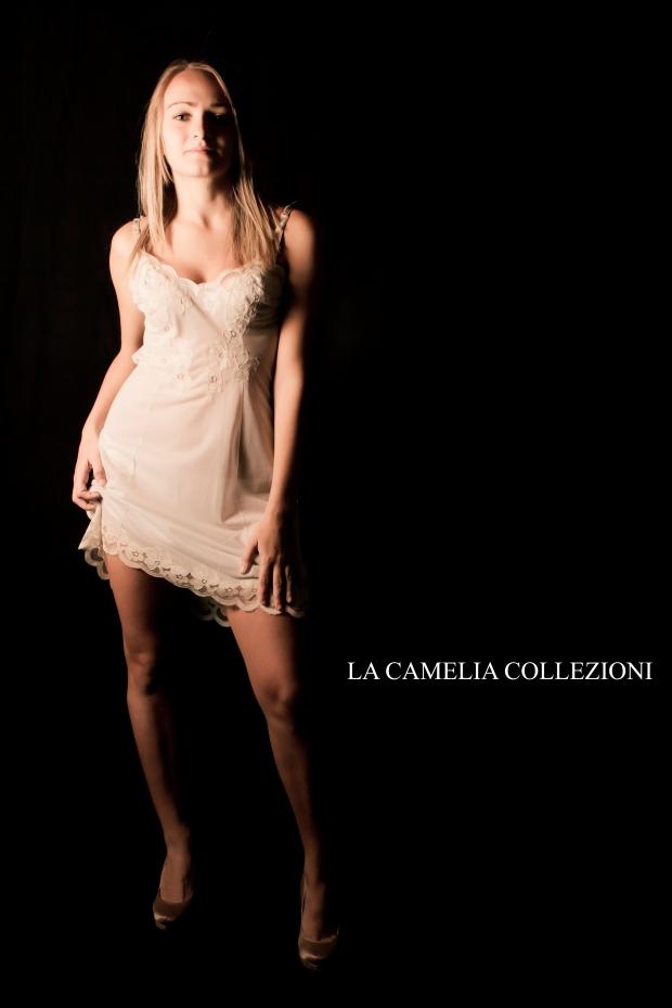 intimo d'epoca - lingerie d'epoca color avorio - la camelia collezioni