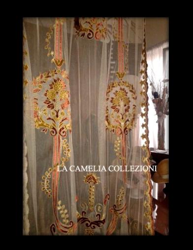 tende e tendaggi in tulle a pannello effetto anticato ricamo in velluto - la camelia collezioni