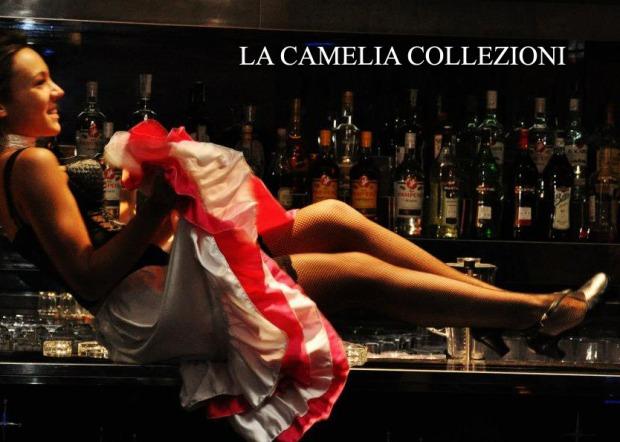 can can- gonna a balze rosa e bianca - noleggio gonne can can - la camelia collezioni