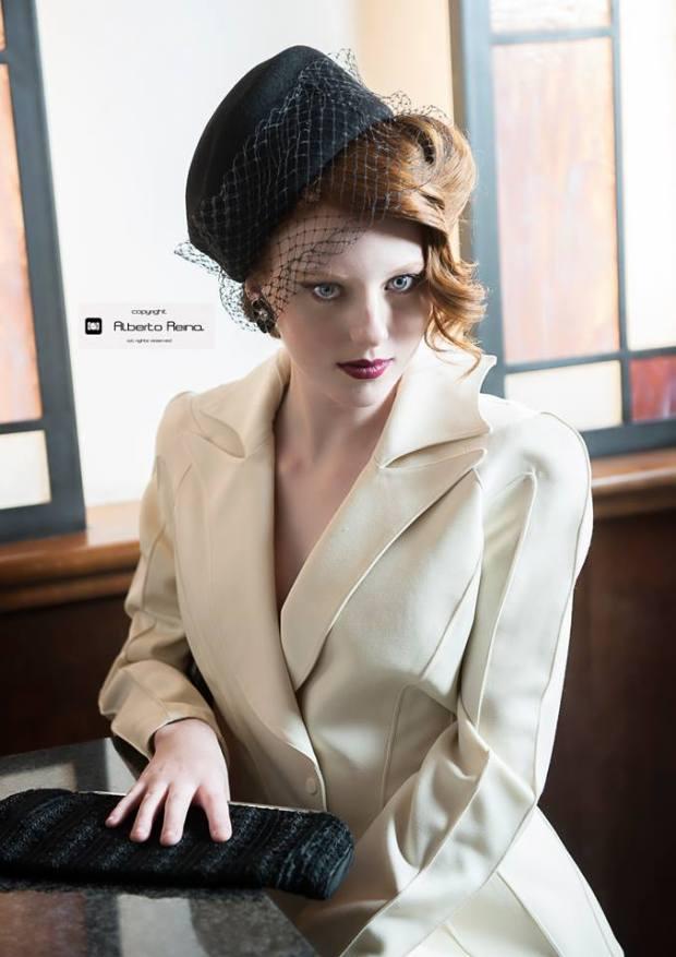 cappello in panno colore nero con veletta - la camelia collezioni