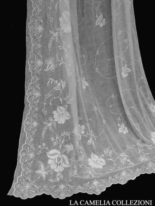 tende in bisso di lino con ricamo - tende e tendaggi - la camelia collezioni