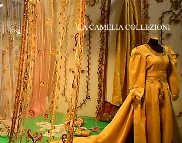 tende in tulle con ricamo velluto applicato - vestiti stile 700 - hobby show 2015 - la camelia collezioni