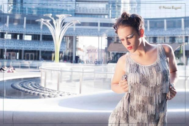 vestiti futuristici - vestiti con lamelle metallo - metal dress - la camelia collezioni