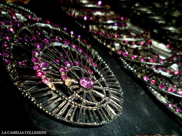 applicazioni-per-borse-abiti-e-scarpe-ovale-con-strass-lilla