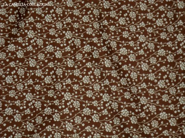 scampolo - tessuto a metro in jersey vintage maron a fiorellini - la camelia collezioni