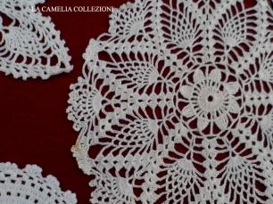 uncinetto 03- centrino uncinetto rotondo colore bianco - la camelia collezioni