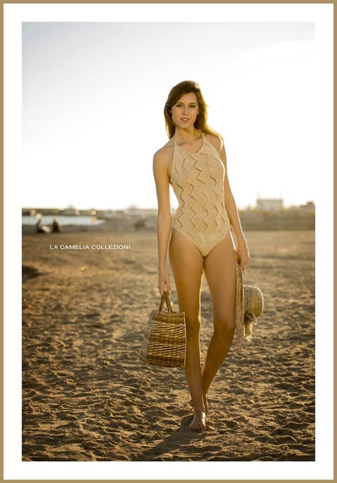 vintage beachwear - uncinetto crochet color sabbia - la camelia collezioni