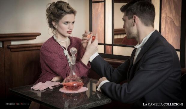 vestiti anni 50 - tailleur anni 50 - color vinaccia - la cameliacollezioni.jpg