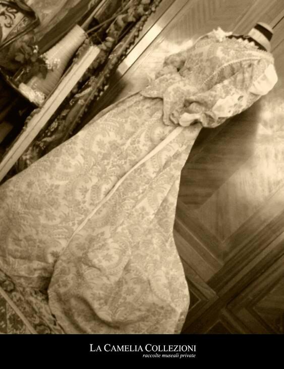 vestiti-carnevale-venezia-noleggio-vestiti-carnevale-venezia-la-camelia-collezioni