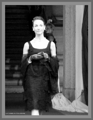 grace kelly - abito chantilly a balze - la camelia collezioni