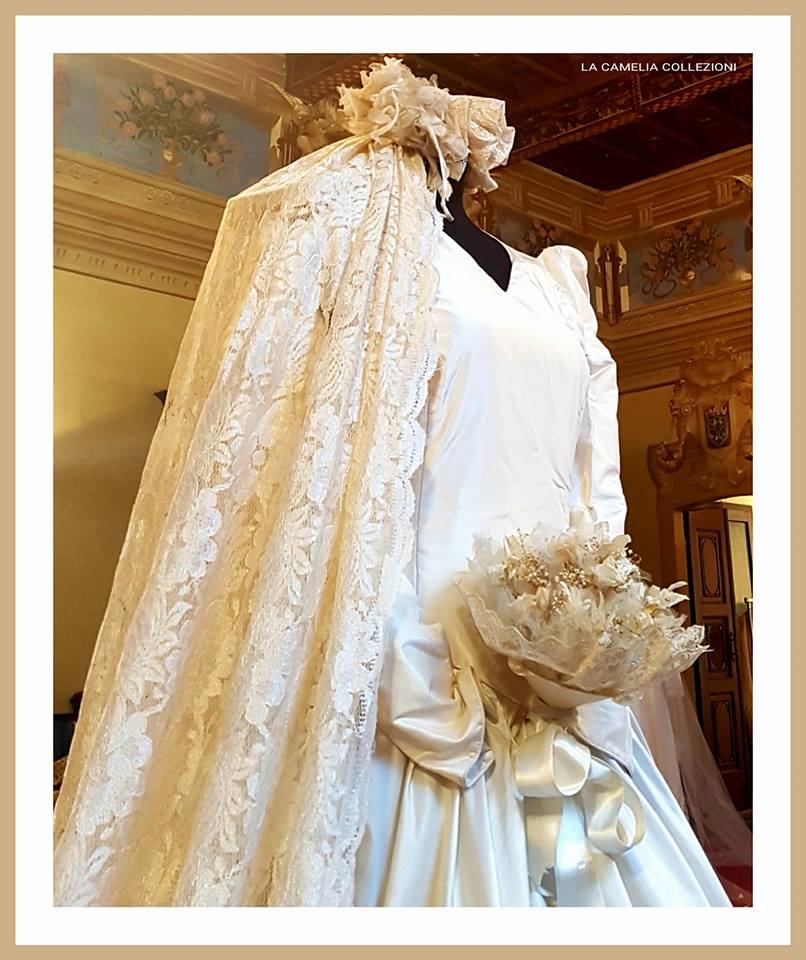 vestiti da sposa antichi e d'epoca - collezione - la camelia collezioni