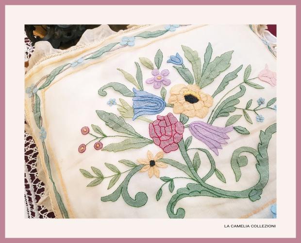 cuscino decorativo liberty in organza - quadrato - la camelia collezioni 1