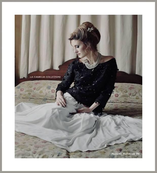 white dress - Corpetto gran soirèe in tessuto goffrato e applicazioni jaiss -la camelia collezioni