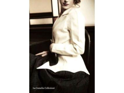 Giacca《Thierry Mugler》Haute Couture con gonna a ruota nera tessuto operato - la camelia collezioni